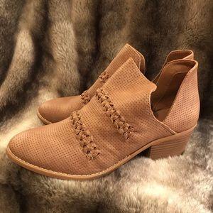 Women's Autumn Brown shoe booties